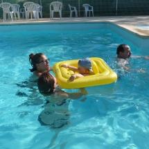 Baignade dans la piscine